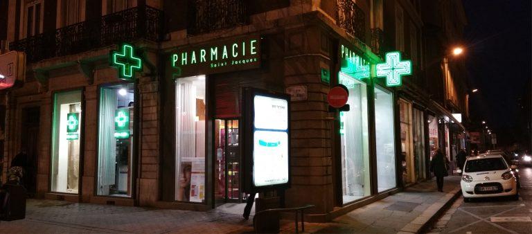 croix de pharmacie eclairée - palette publicitaire